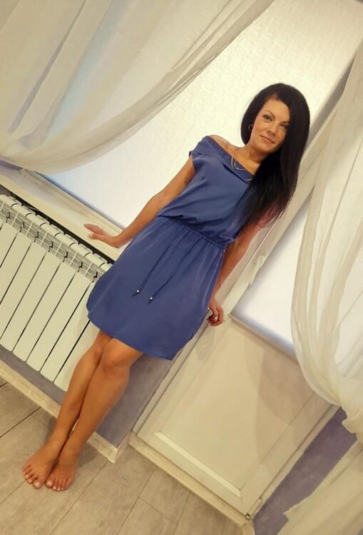 Elena easy russian dating