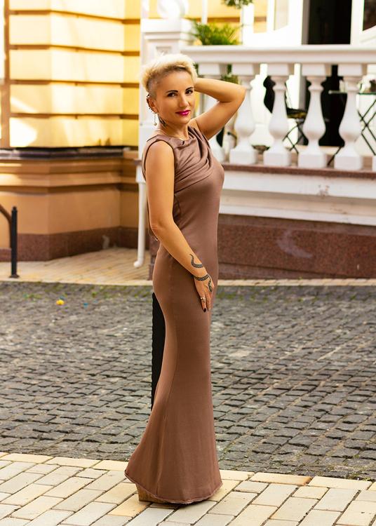 Oksana online dating network