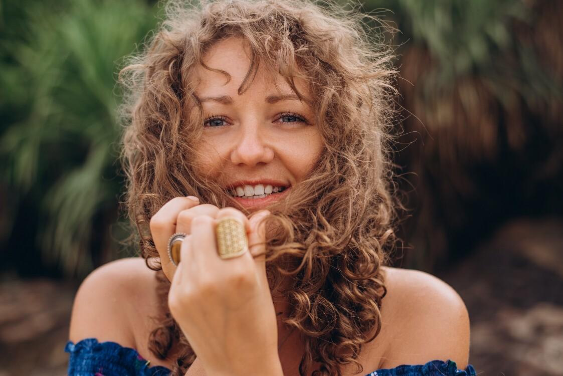 Eugenia russian dating website photos