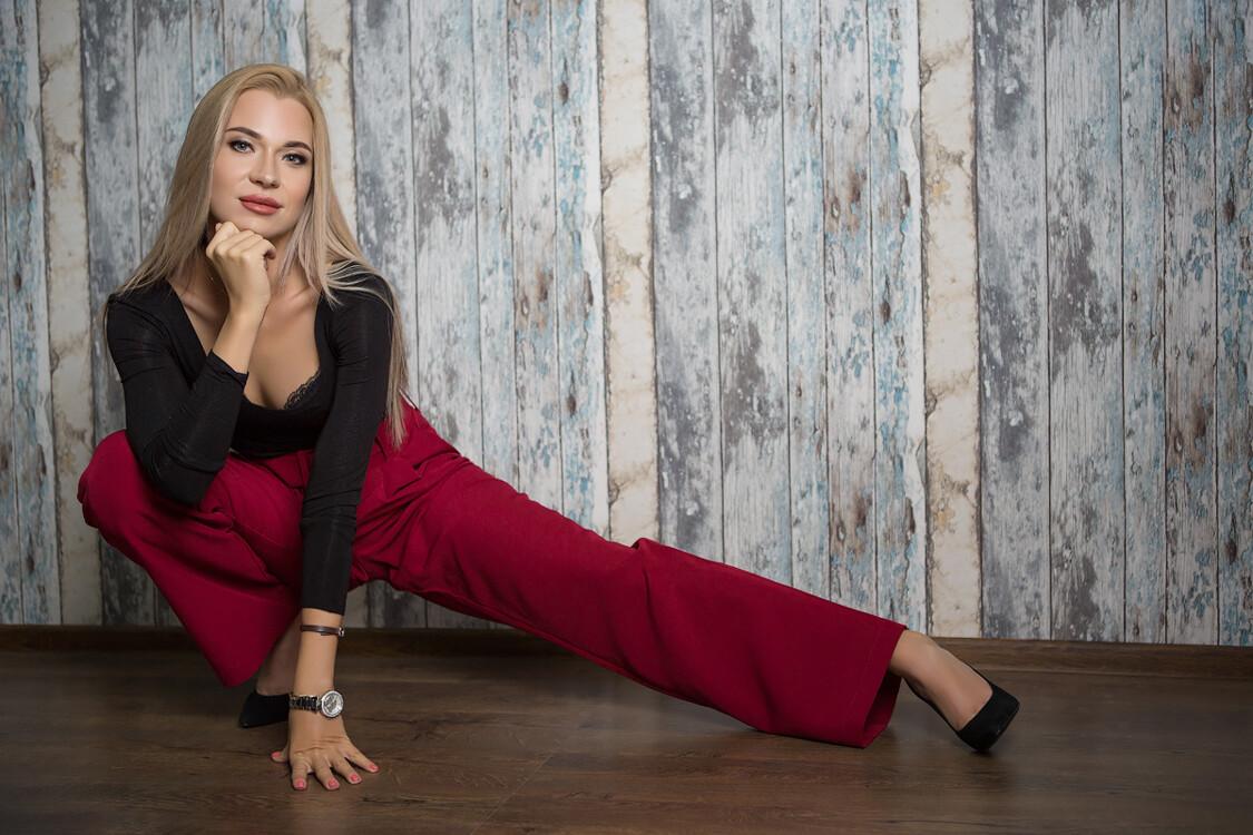 Elena ukrainian and russian dating sites